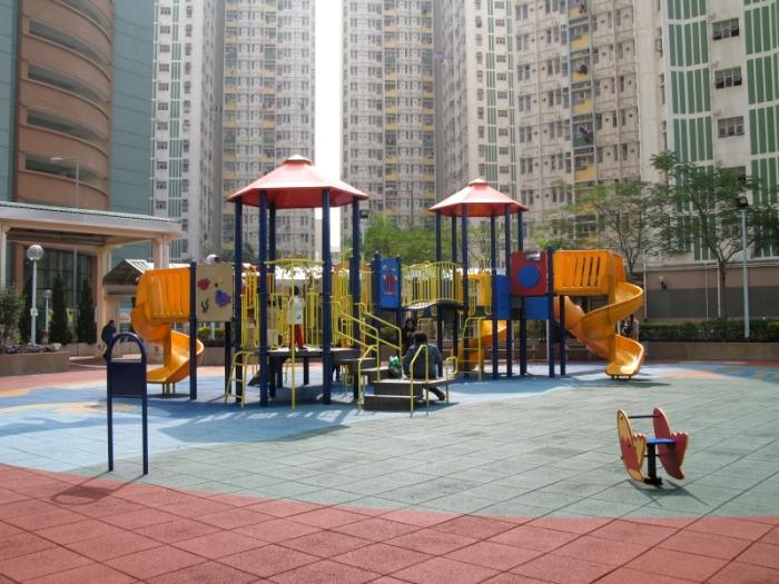 Tin_Yan_EstatePlayground.jpg
