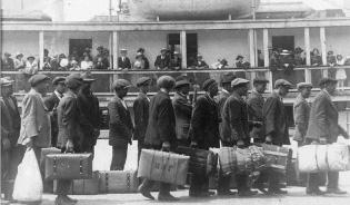 Irish Immigrants.jpg
